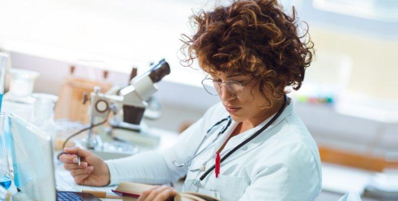 Nursing student in lab